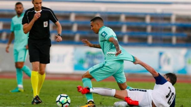 Peña podría quedarse sin hueco al ser extracomunitario | Foto: Granada CF