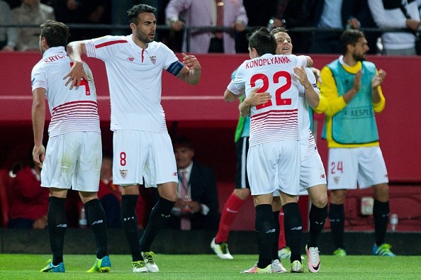 Sevilla celebrating their win. | Photo: Getty Images
