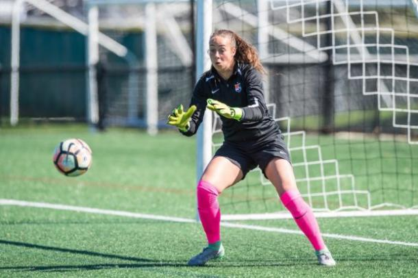 Sheridan warming up before collecting her first professional shutout l Source: SkyBlueFC
