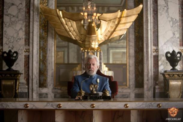Coriolanus Snow en el Capitolio / Fuente: Fotogramas.es