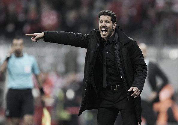 Diego Simeone celebrates his team's victory over Bayern Munich   Photo: Matthias Hangst (Getty)