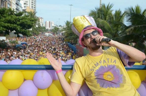O tradicional Simpatia É Quase Amor (Foto: Instagram/sebastianaoficia)