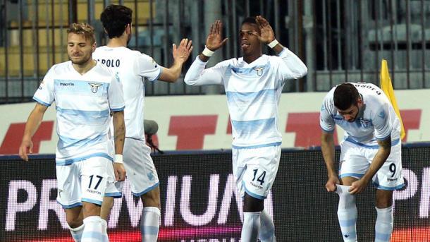 Keita Balde esulta dopo il gol vittoria che ha permesso alla Lazio di sbancare il Castellani. Fonte foto: calciomercato.com
