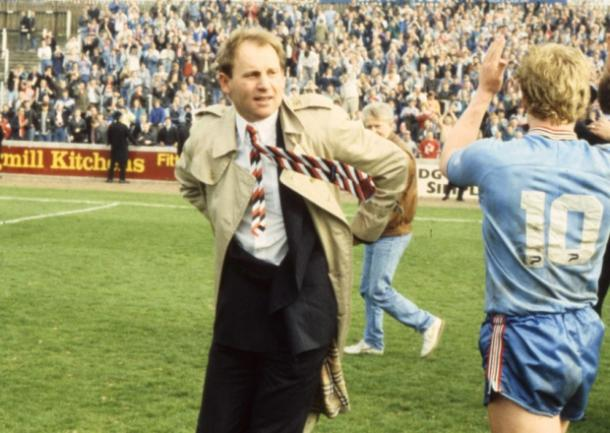 Denis Smith celebrating Sunderland's promotion in 1988. | Photo source: Sunderland Echo
