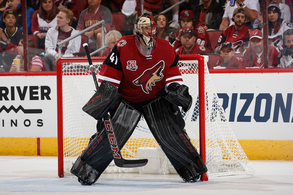 Mike Smith's 43 saves were key to the Coyotes' victory. Source: Christian Petersen/Getty Images North America)