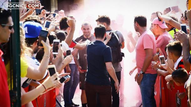 Wesley Sneijder ha estado en el foco mediático durante la última semana. | FOTO: @OgcNice