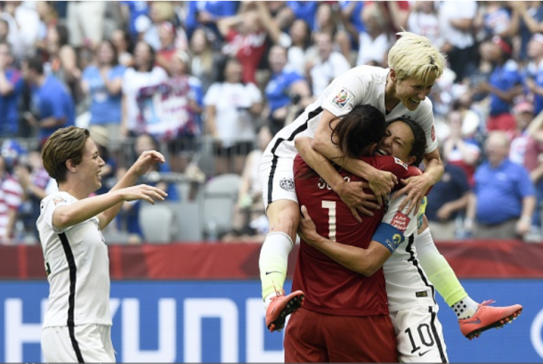 Hope SOlo (1) celebrates with her teammates after winning the 2015 Women's World Cup in a 5-2 victory over Japan. | Photo: FRANCK FIFE - AFP/Getty Images