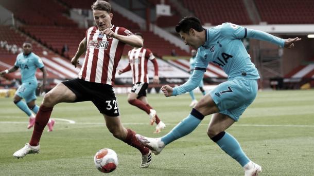Duelo entre Berge y Son./ Foto: Premier League