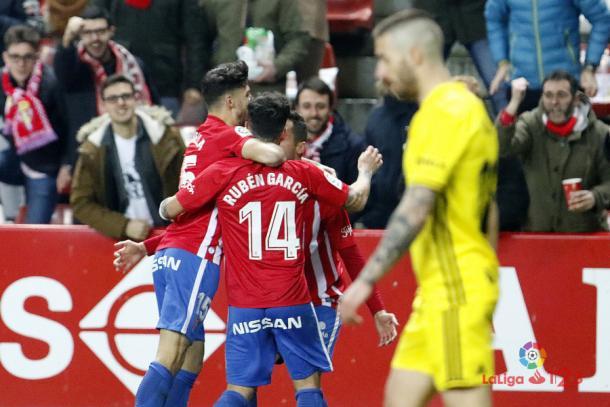El Sporting venció por 2-1 en el partido entre ambos de la temporada pasada en El Molinón | Imagen: LaLiga