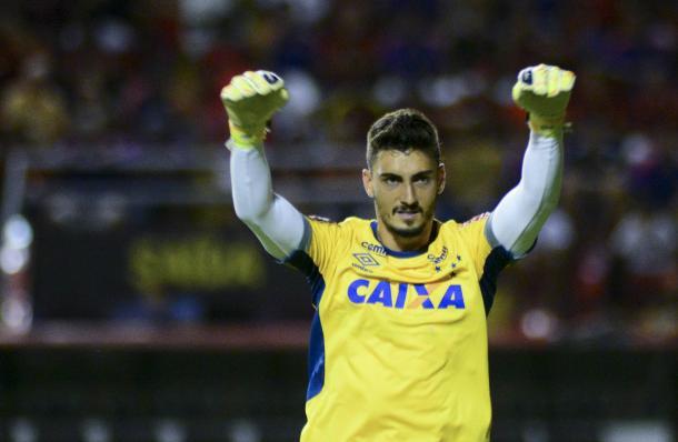 """Rafael se consagrou no Cruzeiro como """"pegador de pênaltis"""" (Foto: Anderson Stevens/Light Press)"""