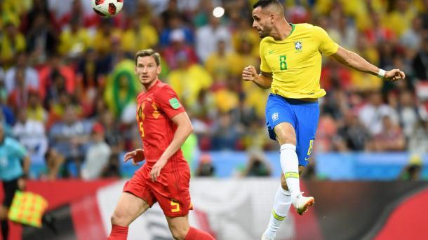 Renato Augusto remató un centro espectacular de Coutinho para poner el primero | Foto: FIFA