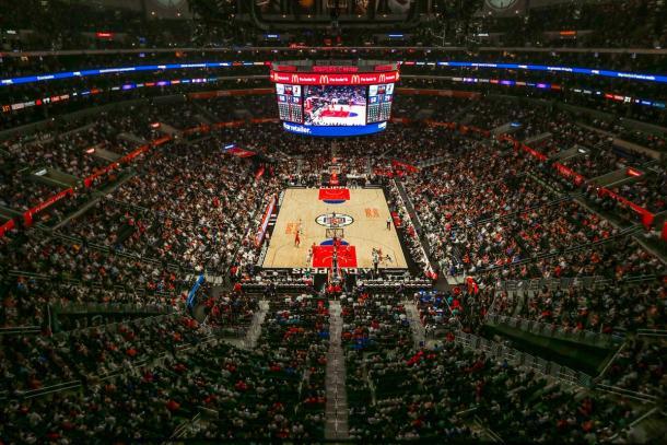 Staples Center lleno durante un partido de los Clippers | Foto: @LAClippers