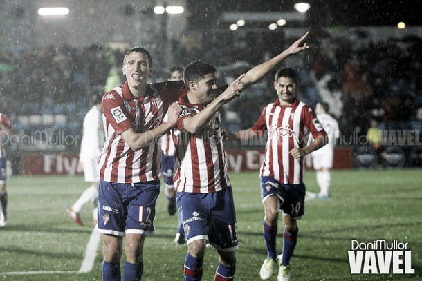 Stefan y Carmona celebran un gol. Foto: VAVEL