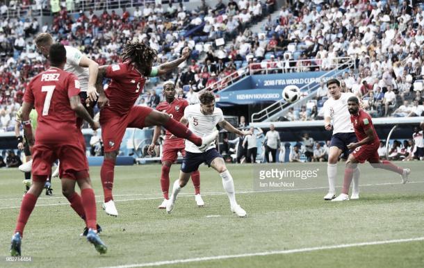Stones anota a la salida de un córner el 1-0 frente a Panamá / Fuente: Getty Images