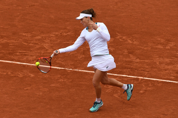 Sam Stosur in action at the French Open against Muguruza (Photo by Dennis Grombkowski / Source : Getty Images)
