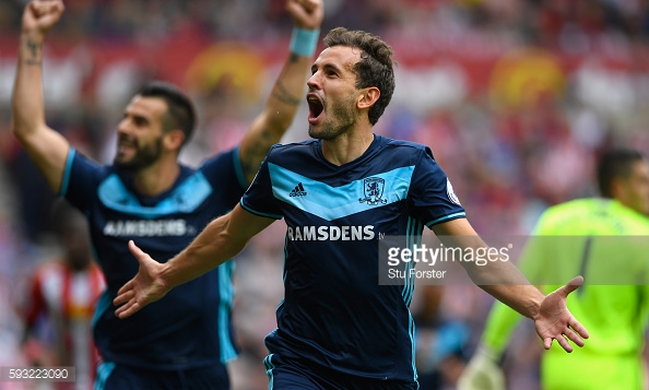 Cristhian Stuani celebrates scoring his second during a 2-1 victory at Sunderland | Photo: GettyImages/Stu Forster