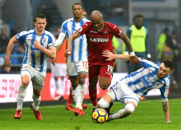 Último encuentro Swansea vs Huddersfield. FOTO: @SwansOfficial