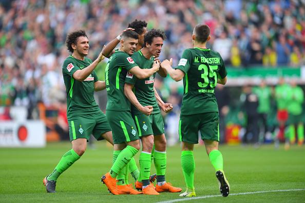 Comemoração do gol de empate de Delaney (PATRIK STOLLARZ/AFP/Getty Images)