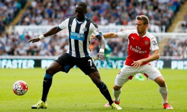 Sissoko battles with Monreal. | Source: talksport