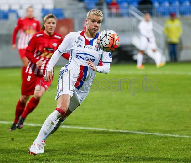 Two collide, Hegerberg for Lyon away to Avaldsnes making their UWCL debut last season (Credit: Scanpix/Jan Kåre Ness)