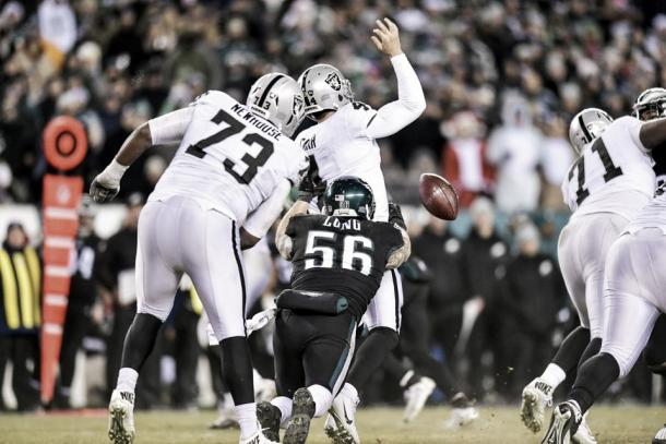 Los fumbles e intercepciones protagonizaron el partido | Foto: PhiladelphiaEagles.com