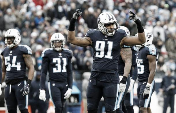 El LB Derrick Morgan lidera con 7'5 sacks un front-seven envidiable | Foto: TitansOnline.com
