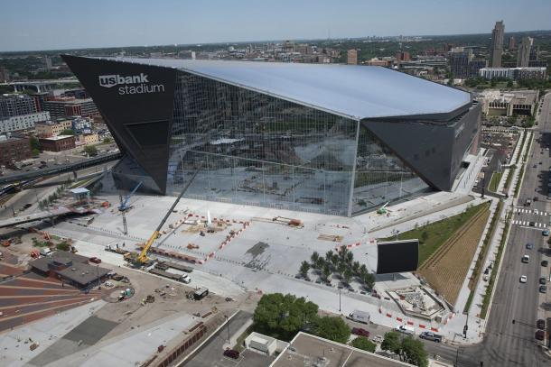 Imagen de la cristalera más puerta del US Bank Stadium. Fuente: Minnesota Vikings