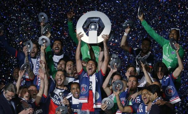 Thiago Silva já conquistou 16 títulos com o PSG e atualmente é o capitão da equipe (Foto: Reuters)