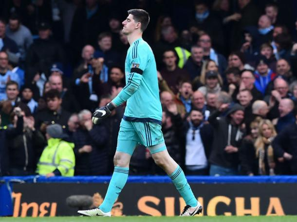 Chelsea goalkeeper Thibaut Courtois walks in frustration as the Blues take another blow to their season / Photo via 90min.com