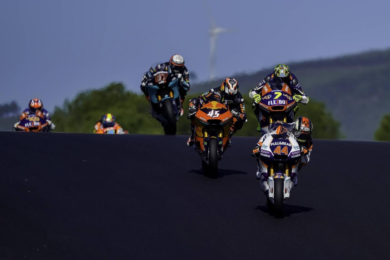 Foto en Algarve de la carrera de Moto2 de la web del Aspar Team