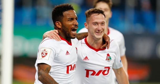 Los jugadores del Lokomotiv de Moscú celebran uno de los goles anotados ante el Zenit. Foto: FCLM.ru