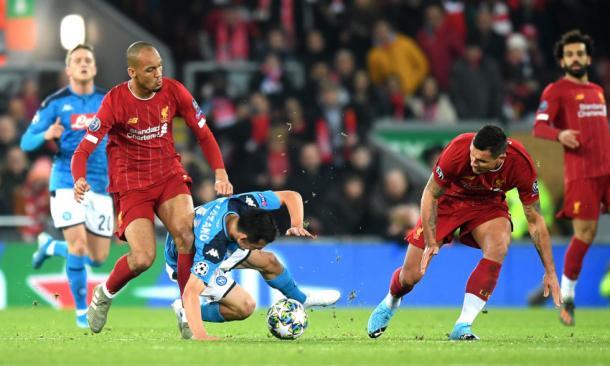 Fabinho se lesionó en la primera parte   Liverpool FC