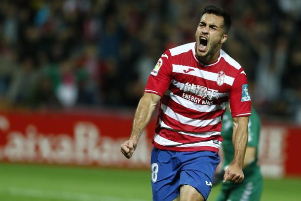 Joselu celebra su tanto en la goleada contra el Lorca   Foto: LFP