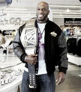 Titus may receive an unorthodox push following return (image: wrestlincinc.com)