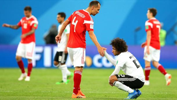A pesar de sus 38 años de edad, el central ha jugado los cuatro partidos de su selección | Foto: FIFA.com