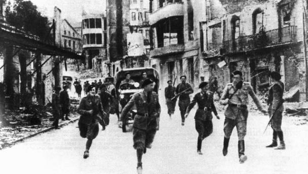 Tropas italianas entrando en Gernika | Museo de la Paz Gernika