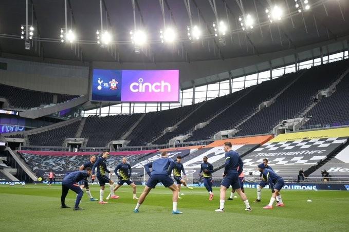Calentamiento del Tottenham / Foto: Tottenham Hotspur