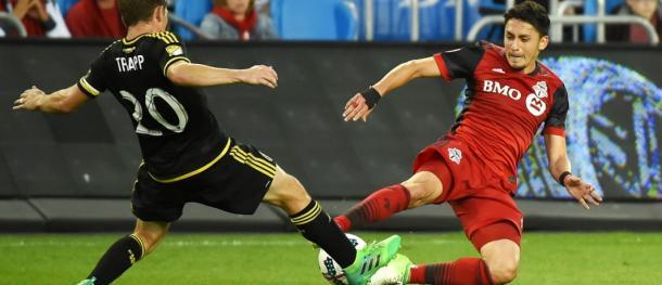 Disputa de balón en el partido de ida. // Imagen: MLSsoccer