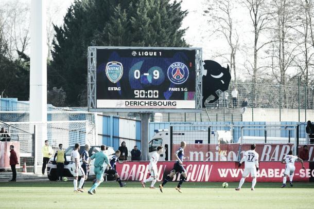 El marcador de aquella histórica tarde   Foto: Ligue1