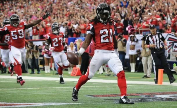 Desmond Trufant (#21) leads an Atlanta defense hoping to continue their improvement. (Source: Curtis Compton/AJC)