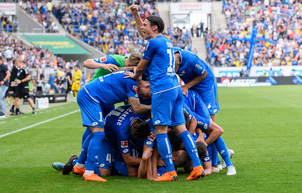 Comemoração do terceiro gol marcado por Kaderabek (Alexander Scheuber/Bongarts/Getty Images)