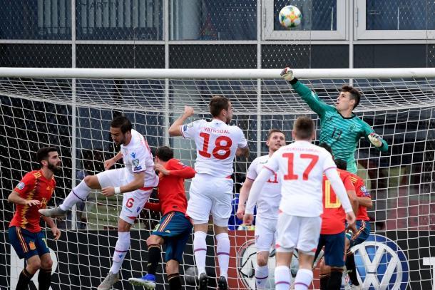 Kepa en una buena intervención /Foto: UEFA