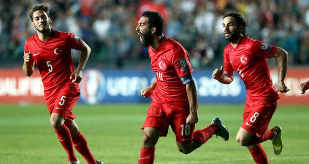 Arda Turan celebrates. | Source: dailysabah