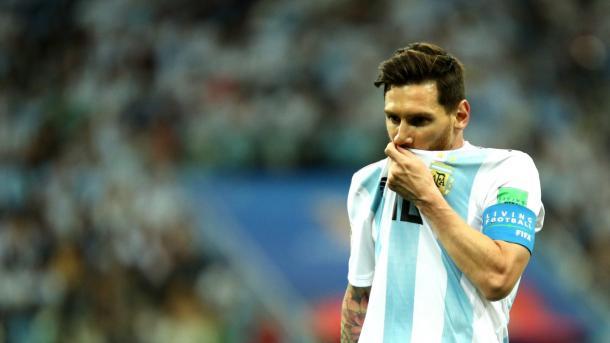 Messi no encontró socios y volvió a sufrir en su rendimiento | Foto: Getty Images.