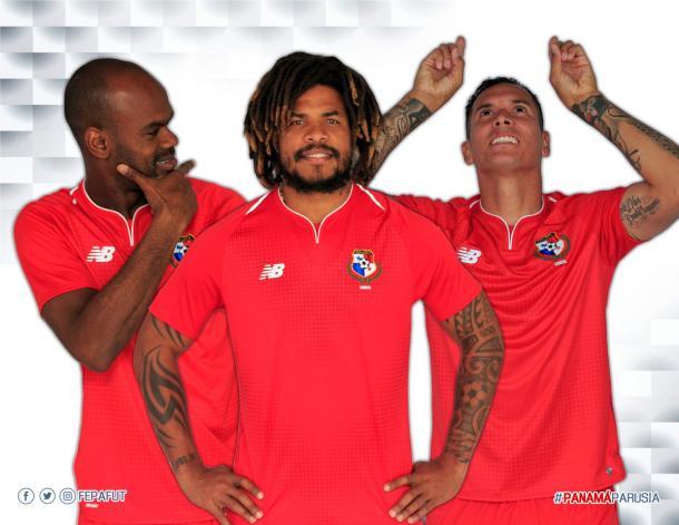 Román Torres, luciendo la indumentaria que lucirá la selección de Panamá en Rusia I Foto: FEPAFUT