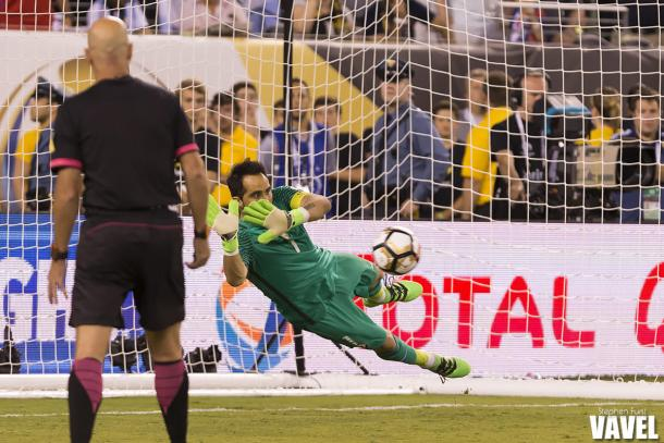 Claudio Bravo made the key save on a Lucas Biglia penalty to set up Francisco Silva's game-winner.