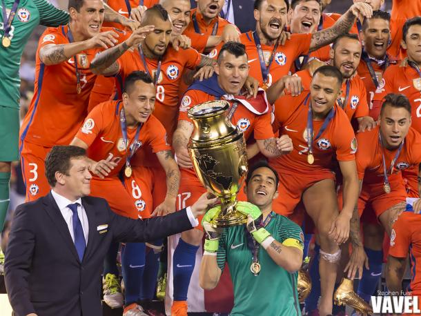 The Chileans were holding the trophy at the end of the night. | Photo: Stephen Furst/VAVEL USA
