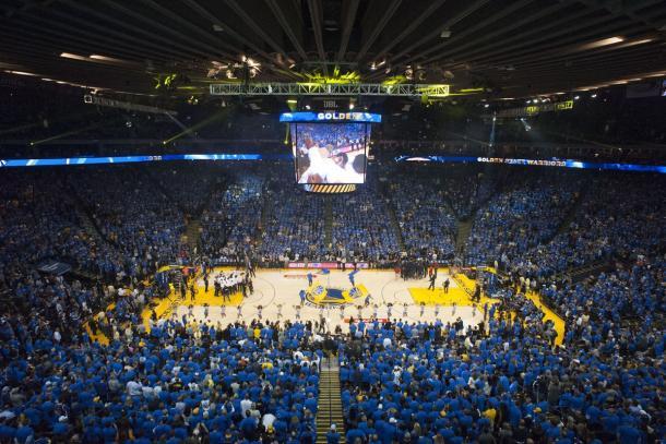 Oracle Arena, hogar de Golden State Warriors. | Foto: Kyle Terrada