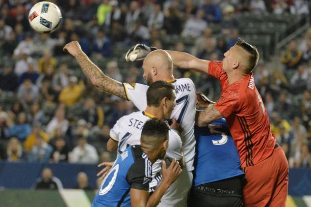 Los Angeles goalkeeper (Right) Brian Rowe fighting to clear the ball out of the box on Saturday at the StubHub Center. Photo provided by USA TODAY Sports.