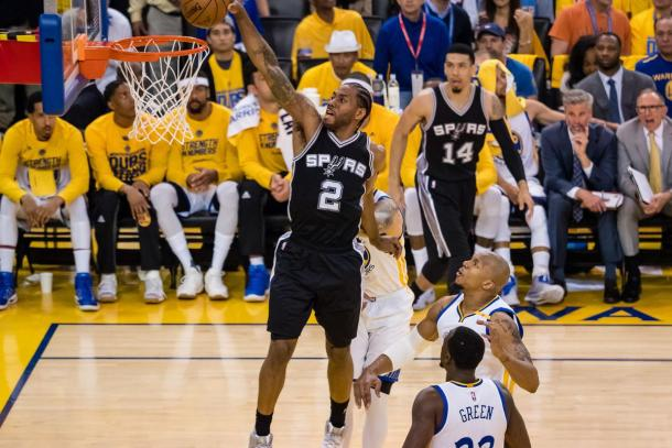 NBA, Golden State batte San Antonio in volata